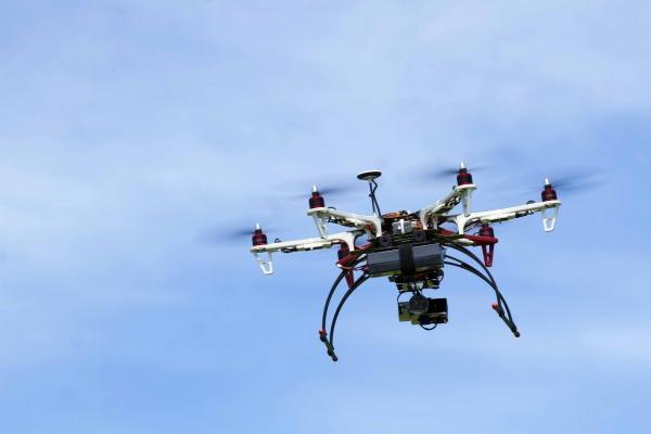 Aeronaves Remotamente Pilotadas podem ser usadas para encontrar focos em locais de difícil acesso
