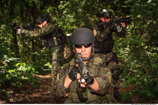 Militares da Marinha, Exército e Força Aérea Brasileira padronizaram procedimentos e aperfeiçoaram técnicas para atuar nos grandes eventos brasileiros