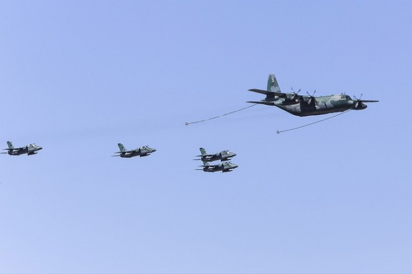 Os reabastecedores KC-130 e os caças A-1 e F-5 participaram da atividade