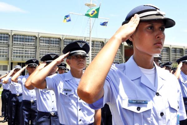 Durante 40 dias, os cadetes tiveram diversos tipos de instrução