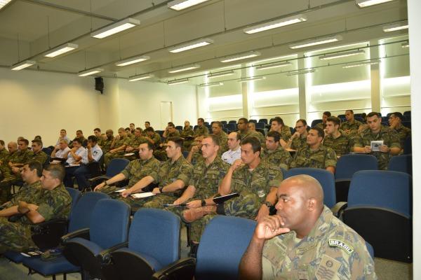 Evento contou com a presença de 61 militares