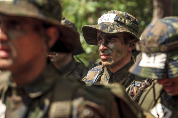 Turma de futuros oficiais participou de acampamento em Brasília (DF)
