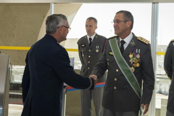 Instituição celebra 368 anos de criação com cerimônia militar em Brasília (DF)