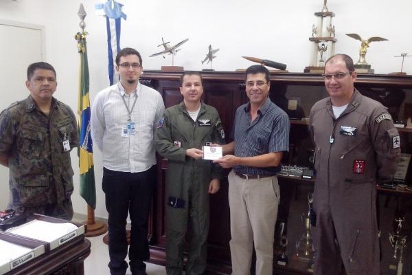 Equipe do IEAv realiza a entrega formal do softwar  Cap Mendes