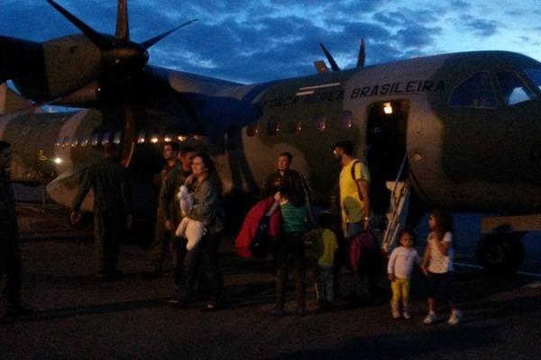 O esquadrão prestou apoio com o transporte de vacinas, remédios e material hospitalar