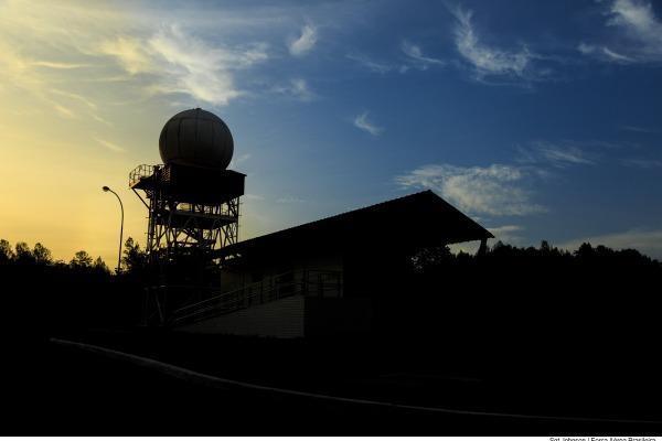 Estrutura de radares e pessoal, controlada pelo CINDACTA IV, garante o controle de tráfego aéreo e a defesa aérea na região de condições geográficas mais complexas do Brasil: a amazônica