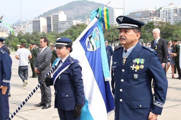 Cerimônia alusiva ao Dia da Vitória acontece no RJ  S2 Rosa
