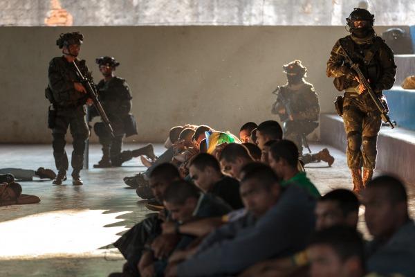 Em Goiânia, 280 homens de forças especiais de 26 órgãos de defesa e segurança realizaram oficinas que recriam cenários de atentados