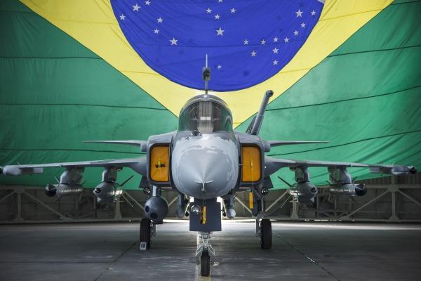 Evento é realizado em Linköping, na Suécia, onde o avião é desenvolvido