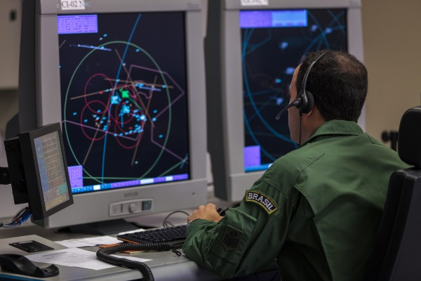 Simulações avaliam planejamento, coordenação, execução e controle do sistema de defesa aeroespacial brasileiro