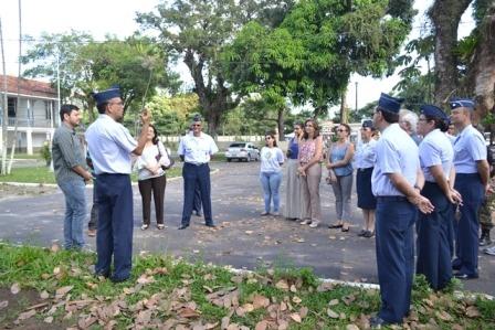 Diretor do HABE com autoridades militares e civis  SCS HABE