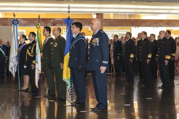 A comenda Ordem do Mérito da Defesa premia aqueles que prestaram relevantes serviços às Forças Armadas