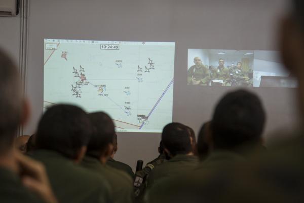Feedback repassado durante o validação de tiro aprimora doutrinas de combate