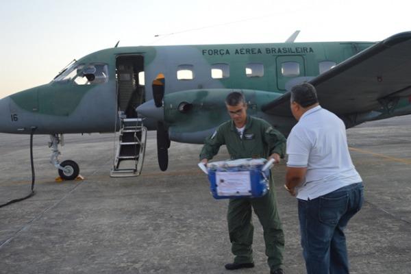 Desde a assinatura do documento que regulamentou o uso de aeronaves da FAB para esse fim, já foram transportados 17 órgãos