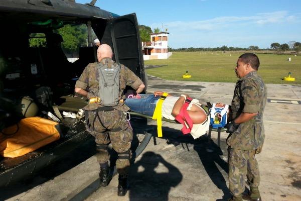 O trabalhador rural de 22 anos caiu do cavalo e fraturou a clavícula