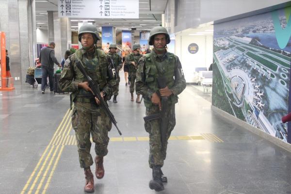 O treinamento foi realizado em conjunto com a Marinha do Brasil e Exército Brasileiro