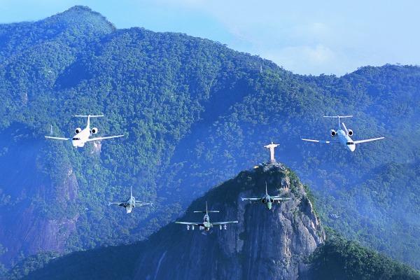 Aviões de caça e helicópteros de combate vão defender espaço aéreo do Rio de Janeiro. Imprensa irá acompanhar interceptação aérea