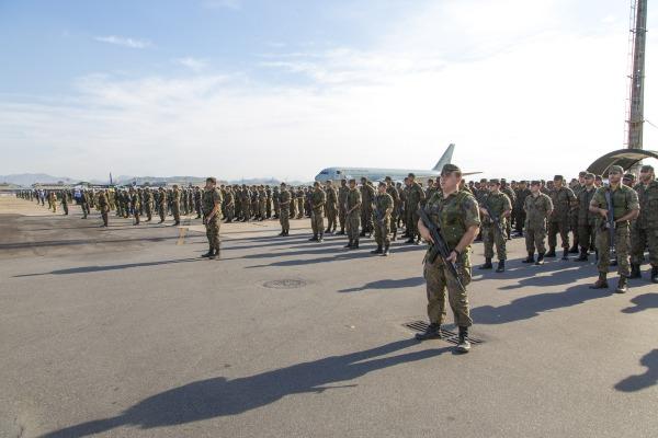 Grupamentos de militares da FAB na BAGL