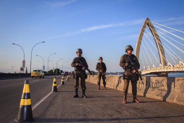 Serão 22 mil militares da Marinha, do Exército e da Força Aérea Brasileira que atuarão em operações de Garantia da Lei e da Ordem