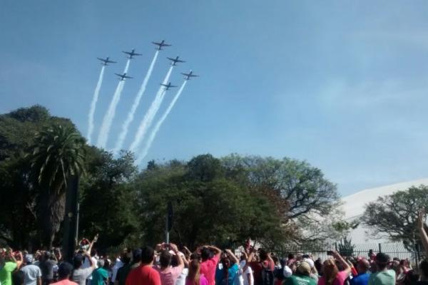 Aeronaves realizaram manobras sobre o Parque do Ibirapuera no domingo (24/07)