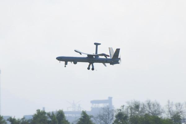 Hermes 450 é responsável por realizar reconhecimento aéreo