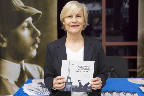 Ana Miragaya é uma das autoras