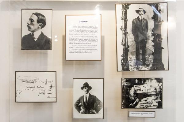 Detalhe de painel da Sala Santos-Dumont
