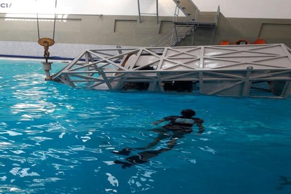 Os militares atuaram em uma unidade da Marinha do Brasil que simula a cabine de um helicóptero
