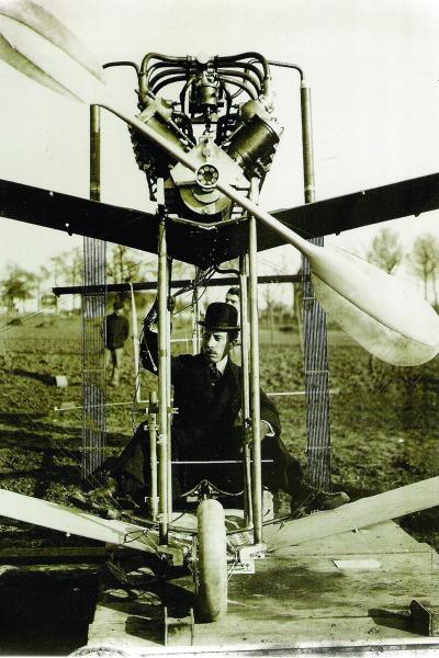 Dumont dividiu o prêmio pela invenção do 14-BIS com funcionários desempregados