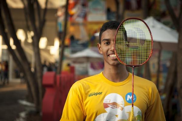 Projeto social incentiva crianças e jovens à prática do esporte
