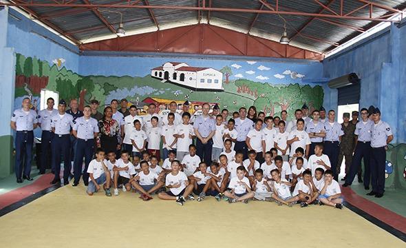 Projeto atende 150 jovens e adolescentes