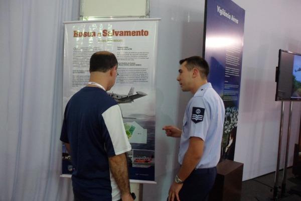 Exposição do SISSAR atrai visitantes na Labace