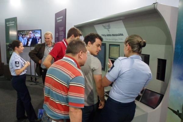 Serviço Regional de Proteção ao Voo de São Paulo (SRPV-SP) explica funcionamento do tráfego aéreo