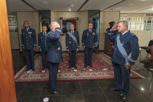 Tenente-Brigadeiro Nôro substituiu o Tenente-Brigadeiro Bermudez à frente da organização responsável pelas seleções e aperfeiçoamentos na FAB