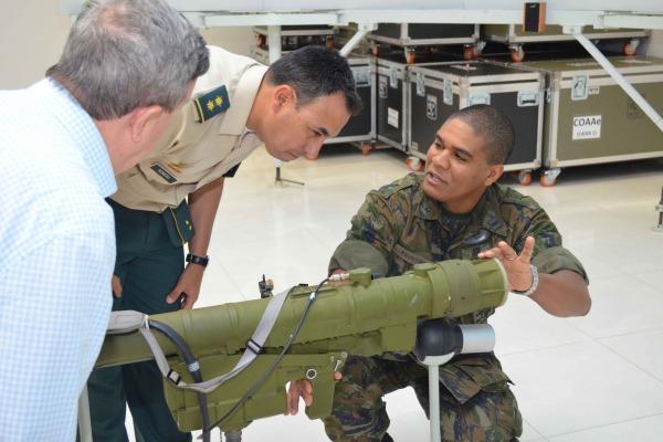 Além da Base Aérea de Anápolis, grupo com cerca de 30 militares conheceu CINDACTA I e organizações da Marinha e do Exército