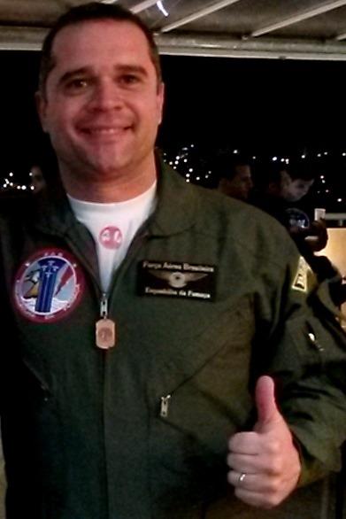 Capitão R. Taveres
