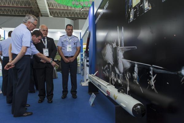Míssil A-Darter, um dos projetos em destaque na BID