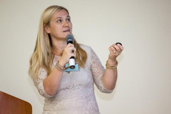 Antonella Bogoni, do Consórsio Nacional Interuniversitário para Telecomunicações