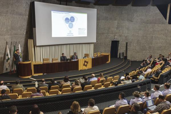 A menção foi entregue durante seminário realizado em Brasília
