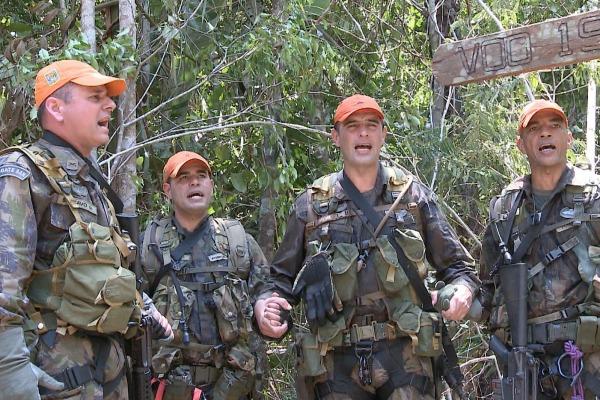 Programa do mês de outubro também mostra como foi a maior feira nacional de defesa