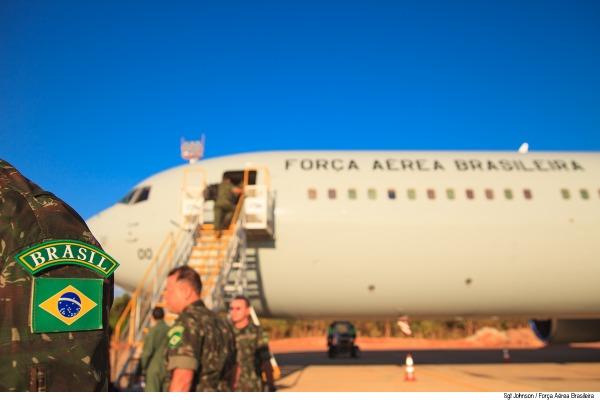 Ao todo, 62 militares da Marinha e do Exército vão auxiliar na manutenção de equipamentos do BRABAT