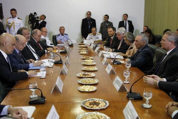 Ministro da Defesa também acredita que Forças Armadas podem contribuir para redução da criminalidade na fronteira
