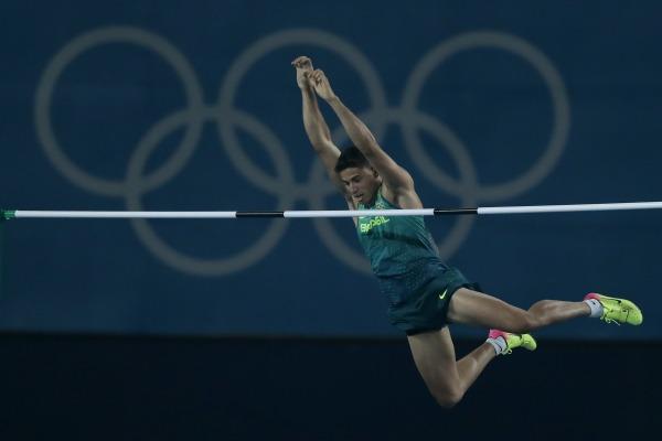 Com o objetivo inicial de promover uma boa colocação do Brasil nos Jogos Mundiais Militares de 2011, o Programa de Atletas de Alto Rendimento cresceu e foi muito além da meta primária