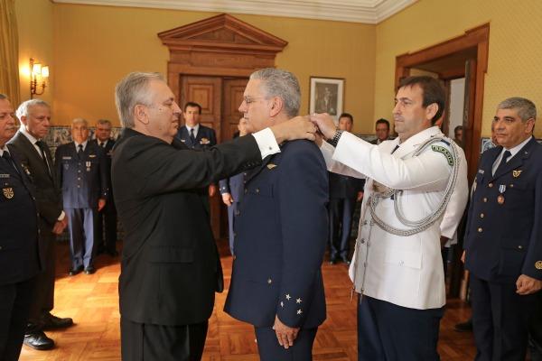 Militar foi condecorado com o Grau de Grande-Oficial