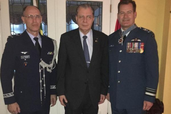 Cerimônia de entrega da comenda foi realizada em Ottawa