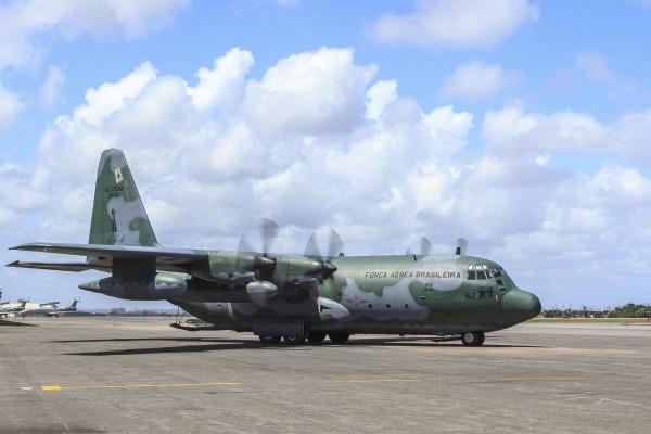 Dois C-130 Hércules foram disponibilizados para transportar as vítimas e outras duas aeronaves em apoio aos familiares