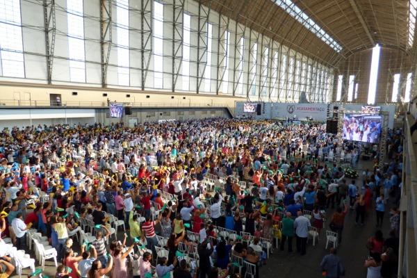 Mais de 800 casais oficializaram uniões e 500 pessoas trabalharam na organização