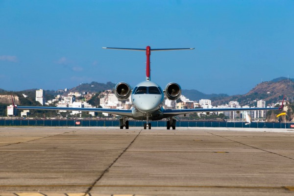 Nova aeronave-laboratório equipa unidade responsável por calibrar e aferir equipamentos de aeroportos