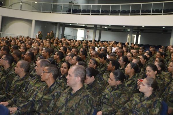 A escola responsável por formar os sargentos da FAB possui, atualmente, mais de 1,6 mil alunos