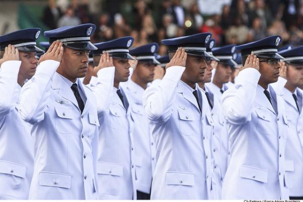 Os aprovados em todas as etapas do certame irão para a Escola de Especialistas de Aeronáutica em 2018